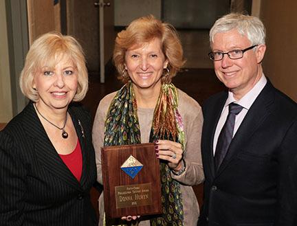 American Chemical Society Award Given to Huryn